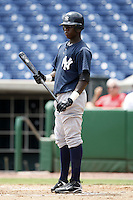 July 10, 2009:  Outfielder Kelvin De Leon of the GCL Yankees during a game at Bright House Networks Field in Clearwater, FL.  The GCL Yankees are the Gulf Coast Rookie League affiliate of the New York Yankees.  Photo By Mike Janes/Four Seam Images