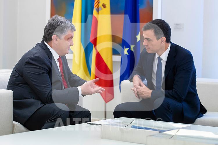 Spanish President, Pedro Sanchez receive to Ukrainian President, Petró Poroshenko at La Moncloa in Madrid, Spain. June 04, 2018. (ALTERPHOTOS/Borja B.Hojas)
