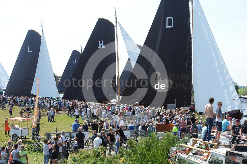 ZEILSPORT: DE VEENHOOP: 07-08-2017, SKS Skûtsjesilen, ©foto Martin de Jong