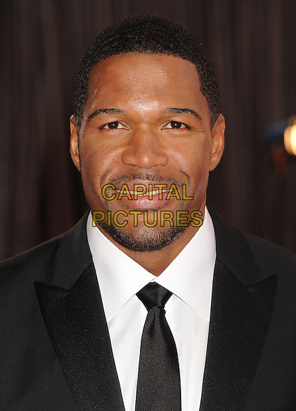 Michael Strahan.85th Annual Academy Awards held at the Dolby Theatre at Hollywood & Highland Center, Hollywood, California, USA..February 24th, 2013.oscars headshot portrait black white tie shirt goatee facial hair .CAP/ROT/TM.©Tony Michaels/Roth Stock/Capital Pictures