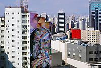 Mural em predio, Oscar Niemeyer pintura do artista Cobra, Sao Paulo. 2018. Foto de Juca Martins.