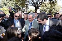NAPOLI 11/04/2013 IL PRESIDENTE DELLA CAMERA PIETRO GRASSO EIL MINISTRO  FRANCESCO PROFUMO INTERVENGONO ALLA RIAPERTURA  DELLA CITTA DELLA SCIENZA ALLE SCOLARESCHE.NELLA FOTO.FOTO CIRO DE LUCA