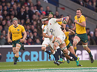 Twickenham, United Kingdom. Tom WOODS on the break, tackled by Nick PHIPPS, during the Old Mutual Wealth Series Rest Match: England vs Australia, at the RFU Stadium, Twickenham, England, <br /> <br /> Saturday  03/12/2016<br /> <br /> [Mandatory Credit; Peter Spurrier/Intersport-images]
