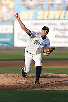 July 4, 2009: Everett AquaSox righthanded pitcher Taylor Stanton toes the rubber during a Northwest League game against the Yakima Bears at Everett Memorial Stadium in Everett, Washington.