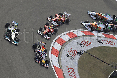 17 04 2011  Motorsports FIA Formula One World Championship 2011 Grand Prix of China Mass start on second corner