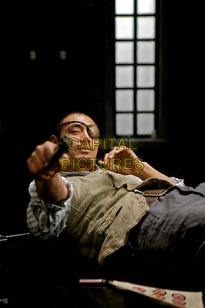 CHOW YUN-FAT.in Let the Bullets Fly (Rang zidan fei).*Filmstill - Editorial Use Only*.CAP/FB.Supplied by Capital Pictures.