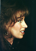 Paula Jones appears at a press conference called by Abe Hirschfeld where she received a check for one million dollars to settle her sexual harassment lawsuit against United States President Bill Clinton at the Mayflower Hotel in Washington, DC on 31 October, 1998.<br /> Credit: Ron Sachs / CNP