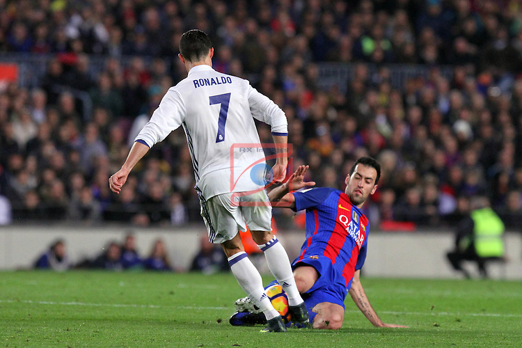 League Santander 2016/2017. Game: 14.<br /> FC Barcelona vs Real Madrid: 1-1.<br /> Cristiano Ronaldo vs Sergio Busquets.