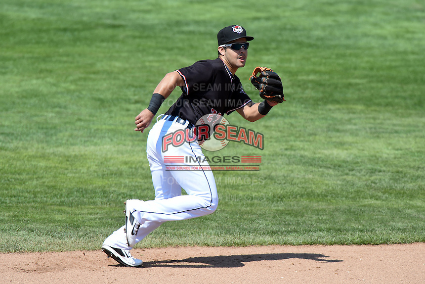 Erie SeaWolves shortstop Eugenio Suarez (27) during a game against the Akron RubberDucks on May 18, 2014 at Jerry Uht Park in Erie, Pennsylvania.  Akron defeated Erie 2-1.  (Mike Janes/Four Seam Images)
