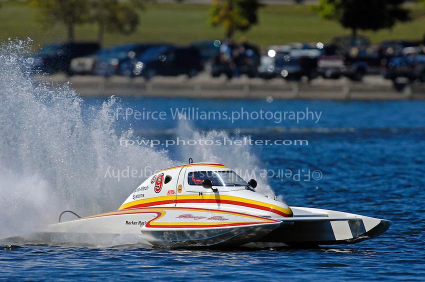 "Mark Johnson, S-9 ""Honey Bun""  (2.5 Litre Stock hydroplane(s)"