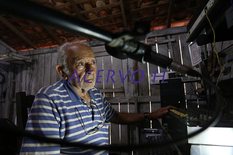Daniel Rebisso, ufólogo e escritor a escrever um livro sobre o caso de aparecimento de extra-terrestre no município de Colares no estado do Pará ocorrido 40 anos atrás.<br /> ©Wagner Santana <br /> 2017 o caso de aparecimento de extra-terrestre no município de Colares no estado do Pará ocorrido 40 anos atrás.<br /> ©Wagner Santana <br /> 2017 Hilberto Freitas, radialista e ufólogo.<br /> ©Wagner Santana