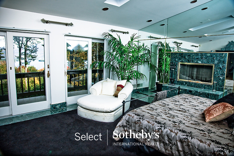 offered for sale by Select Sotheby's International Realty. [http://www.selectsothebysrealty.com] Agent Rachel Zuckerman