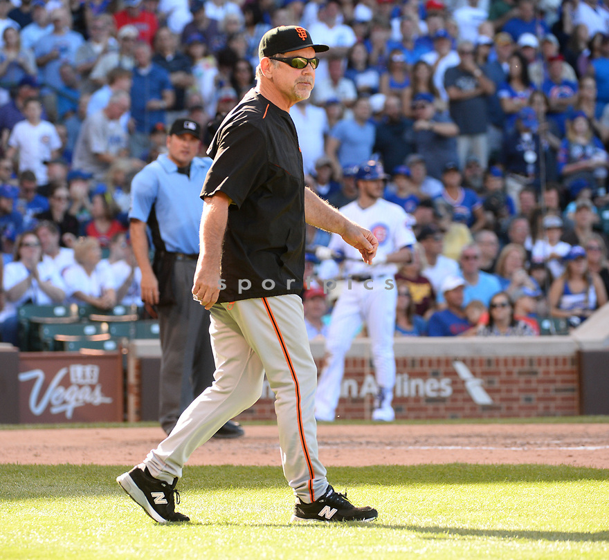San Francisco Giants Bruce Bochy (15) during a game against the Chicago Cubs on September 3, 2016 at Wrigley Field in Chicago, IL. The Giants beat the Cubs 3-2.