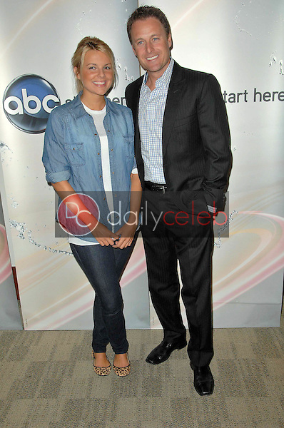 Ali Fedotowsky and Chris Harrison<br />