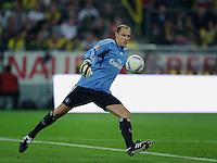 Fussball Bundesliga Saison 2011/2012 1. Spieltag Borussia Dortmund - Hamburger SV Jaroslav DROBNY (HSV) beim Abschlag.