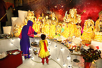 Nederland  Amsterdam 2016. Divali viering in de Bijlmer in de Lord Shiva Hindu Temple.  Foto Berlinda van Dam / Hollandse Hoogte