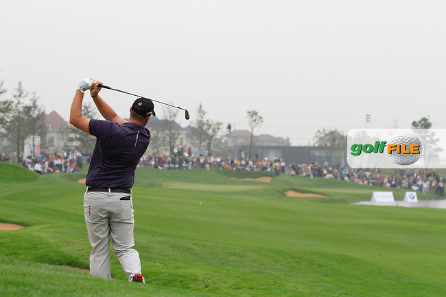 Peter Hanson (SWE) on the 9th on Day 3 of the BMW Masters 2012 at Lake Malaren Golf Club, Shanghai, China, Tuesday 26/10/12...(Photo www.golffile.ie)