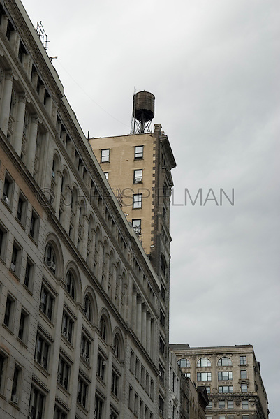 AVAILABLE FROM WWW.PLAINPICTURE.COM FOR LICENSING.  Please go to www.plainpicture.com and search for image # p5690260.<br />