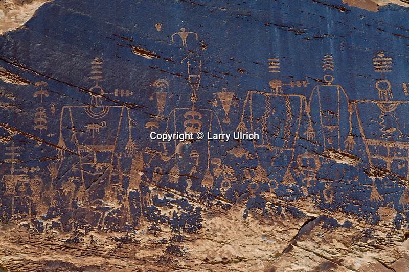 Petroglyphs near Butler Wash<br /> San Juan River Canyon<br /> BLM San Juan Resource Area<br /> San Juan County,  Colorado Plateau,  Utah