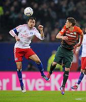 FUSSBALL   1. BUNDESLIGA   SAISON 2011/2012   22. SPIELTAG Hamburger SV - Werder Bremen       18.02.2012 Heiko Westermann (li, Hamburger SV) gegen Markus Rosenberg (re, SV Werder Bremen)