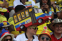 BARRANQUILLA -COLOMBIA, 10-NOVIEMBRE-2016.Hinchas  de Colombia  alientan a su equipo  contra  Chile durante el  encuentro  por las eliminatorias al mundial de Rusia 2018  disputado en el estadio Metropolitano Roberto Meléndez de Barranquilla./ Fans of Colombia cheer their team against of Chile during the qualifying match for the 2018 World Championship in Russia Metropolitano Roberto Melendez stadium in Barranquilla . Photo:VizzorImage / Felipe Caicedo  / Staff