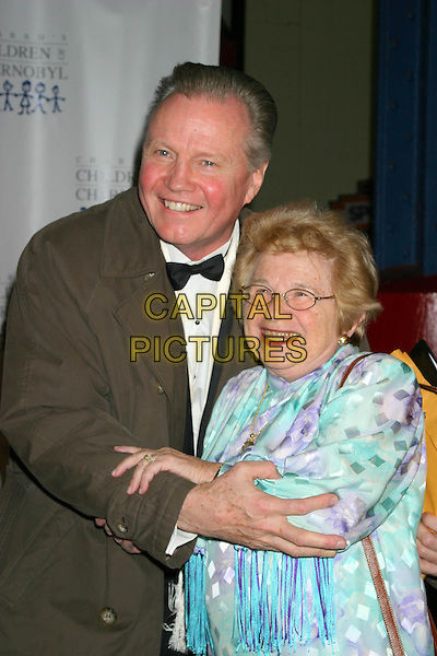 JON VOIGHT & DR. RUTH.Children at The Heart Benefit for the Children of Chernobyl.Pier 60 Chelsea Piers, New York City, New York, USA,.November 22nd 2004..half length greeting hugging .Ref: IW.www.capitalpictures.com.sales@capitalpictures.com.©Capital Pictures.