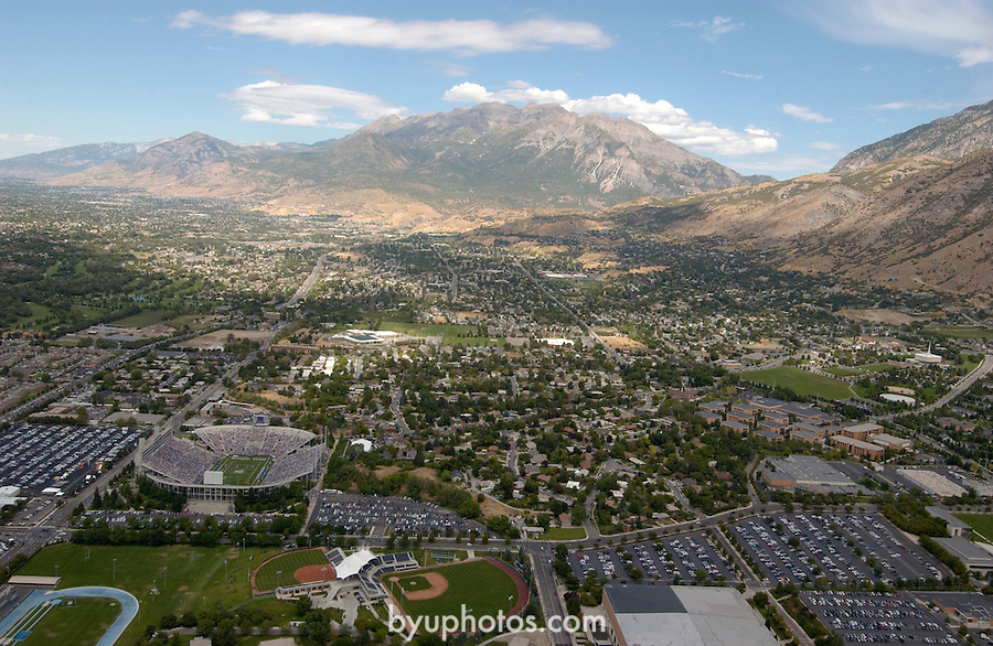 0509-06 GCS Aerials..September 3, 2005.9/3/05...Photo by Steve Walters/BYU..Copyright BYU Photo 2005.All Rights Reserved.photo@byu.edu   (801)422-7322