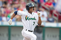 Cedar Rapids Kernels outfielder Byron Buxton #7 runs during a game against the Kane County Cougars at Veterans Memorial Stadium on June 8, 2013 in Cedar Rapids, Iowa. (Brace Hemmelgarn/Four Seam Images)