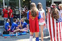 VANCOUVER, CANADÁ, 05.07.2015 - EUA-JAPÃO - Torcedores dos Estados Unidos antes da partida contra o Japão jogo válido pela final da Copa do Mundo de Futebol Feminino no Estádio BC Place em Vancouver  no Canadá neste domingo, 05. (Foto: William Volcov/Brazil Photo Press)