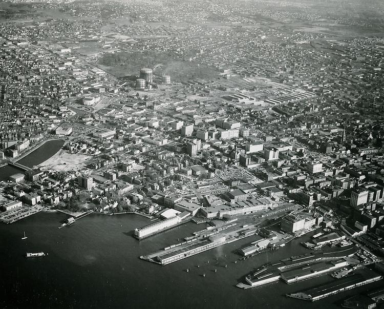 1952 December 19..Historical...Looking North at Docks & Waterfront Freemason Area..PHOTO CRAFTSMEN INC..NEG#.NRHA#..