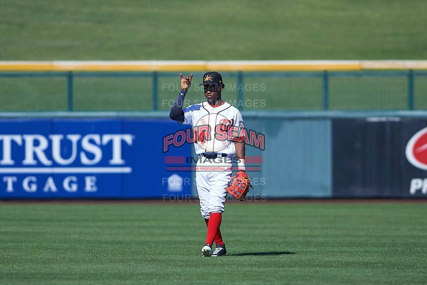 Mesa Solar Sox center fielder Victor Robles (14), of the Washington Nationals organization, during an Arizona Fall League game against the Peoria Javelinas on October 25, 2017 at Sloan Park in Mesa, Arizona. The Solar Sox defeated the Javelinas 6-3. (Zachary Lucy/Four Seam Images)
