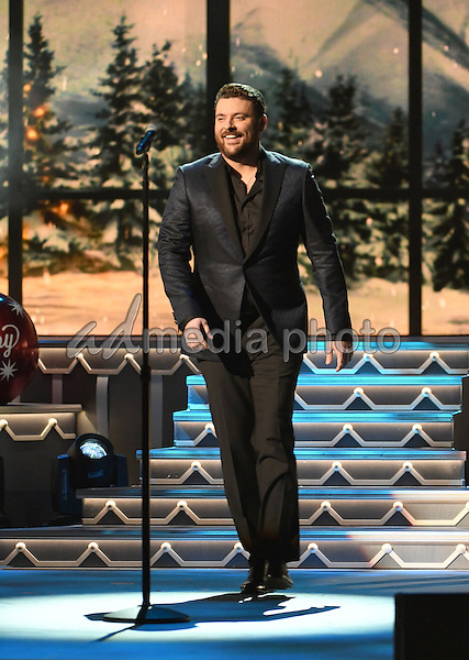 08 november 2016 nashville tennessee chris young 2016 cma country christmas held
