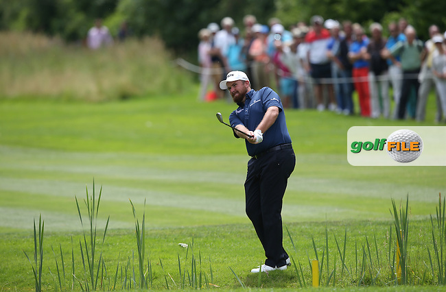 Shane Lowry (IRL) chips to the 9th during Round One of the 2015 BMW International Open at Golfclub Munchen Eichenried, Eichenried, Munich, Germany. 25/06/2015. Picture David Lloyd | www.golffile.ie