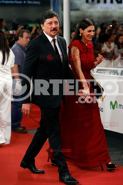 Carlos Bardem and Cecilia Gessa attend red carpet before the Donostia Award  during the 62st San Sebastian Film Festival in San Sebastian, Spain. September 26, 2014. (ALTERPHOTOS/Caro Marin) /NortePHOTO.com /nortephoto.com