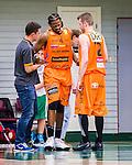 S&ouml;dert&auml;lje 2014-10-01 Basket Basketligan S&ouml;dert&auml;lje Kings - Norrk&ouml;ping Dolphins :  <br /> Norrk&ouml;ping Dolphins Dominique Morrison har ont efter en n&auml;rkamp<br /> (Foto: Kenta J&ouml;nsson) Nyckelord:  S&ouml;dert&auml;lje Kings SBBK T&auml;ljehallen Norrk&ouml;ping Dolphins skada skadan ont sm&auml;rta injury pain depp besviken besvikelse sorg ledsen deppig nedst&auml;md uppgiven sad disappointment disappointed dejected