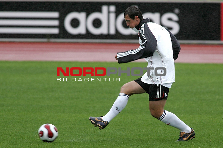 Training Deutsche Nationalmannschaft EM-Qualifikationsspiel Deutschland - San Marino<br /> <br /> Einzelaktion Miroslav Klose.<br /> Foto &copy; nph (nordphoto)<br /> <br /> <br /> <br />  *** Local Caption ***