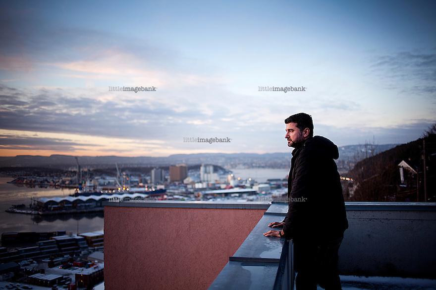 """Oslo, 04.01.2013. Intervju med Hisham Zaman om filmen """"Før snøen faller"""", som åpner Filmfestivalen i Tromsø (TIFF). Foto: Christopher Olssøn."""