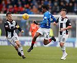 03.11.2018: St Mirren v Rangers: Ovie Ejaria's skills take him past Paul McGinn and Danny Mullen