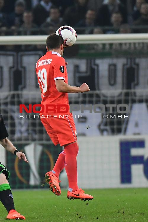 16.02.2017, Borussia Park , Moenchengladbach , EL, Sechzehntelfinale, Hinspiel GER, Borussia M&ouml;nchengladbach (GER) vs. AC Florenz ( ITA)<br /> im Bild:<br /> Sebasti&aacute;n Crist&oacute;foro (AC Florenz #19) Kopfball <br /> <br /> <br /> <br /> Foto &copy; nordphoto / Meuter