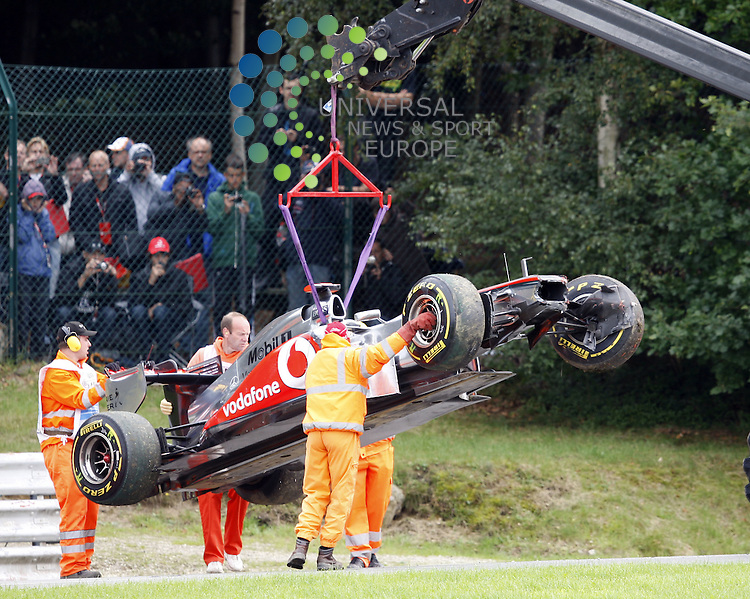 Formel 1 2011,11.Lauf Spa-Francorchamps,26.08.-28.08.11 .Unfall Lewis Hamilton (GBR#3) Vodafone McLaren Mercedes..Picture:Hasan Bratic/Universal News And Sport (Europe) 28/08/2011.