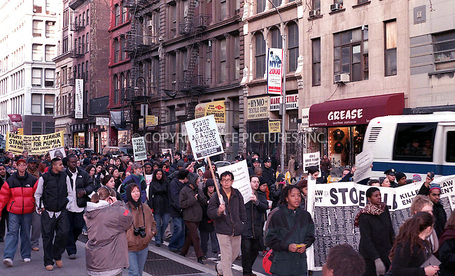 Rally against police brutality in New York. March 2000. Please byline: Alecsey Boldeskul/NY Photo Press.   ..*PAY-PER-USE*      ....NY Photo Press:  ..phone (646) 267-6913;   ..e-mail: info@nyphotopress.com