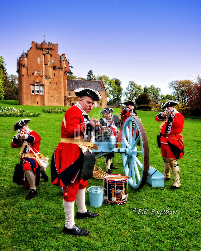 Redcoats attack Crathes Castle with a cannon