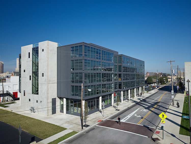 Design Square Apartments | Columbus College of Art & Design | Acock Associates Architects