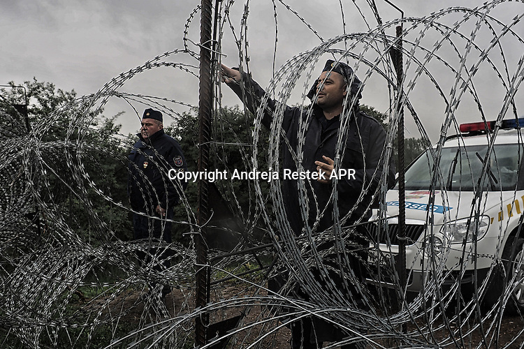 refugee Hungry - Serbia border , ph © Andreja Restek