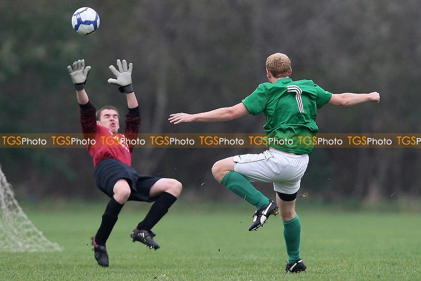 Lockers (green) vs Comet - Hackney & Leyton Sunday League Football at South Marsh, Hackney Marshes - 14/11/10 - MANDATORY CREDIT: Gavin Ellis/TGSPHOTO - Self billing applies where appropriate - Tel: 0845 094 6026