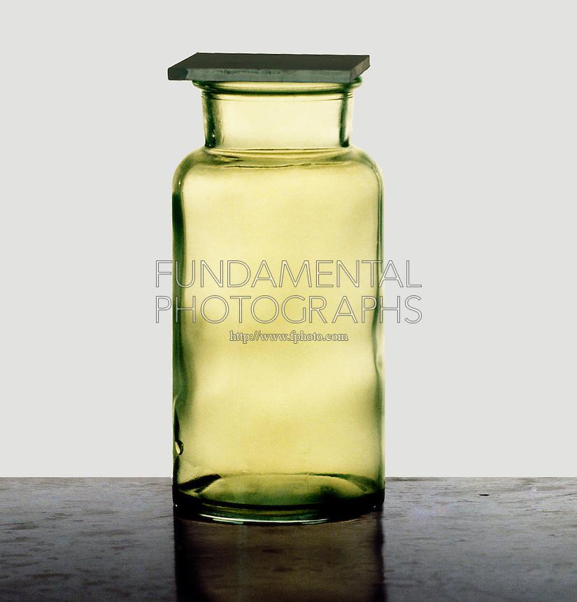 CHLORINE GAS (CL)