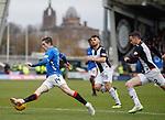 03.11.2018: St Mirren v Rangers: Ryan Kent drives inside