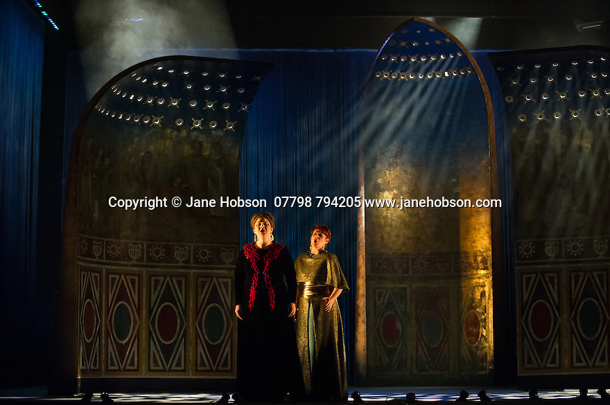 London, UK. 15.10.2014. English Touring Opera presents OTTONE, by George Frideric Handel, directed by James Conway, at the Hackney Empire. Picture shows:  Rosie Aldridge (Matilda) and Gillian Webster (Gismonda). Photograph © Jane Hobson.