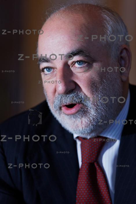 Interview mit Viktor Vekselberg Vorstandschef der Investmentholding Renova im Bundeshaus in Bern am 22. September 2009..Copyright © Zvonimir Pisonic