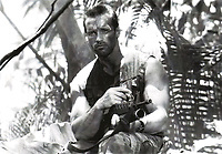 Predator (1987) <br /> Arnold Schwarzenegger<br /> *Filmstill - Editorial Use Only*<br /> CAP/KFS<br /> Image supplied by Capital Pictures